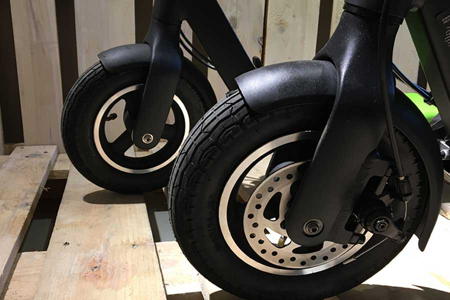 egret ten v2 vs egret ten what 39 s new electric scooter. Black Bedroom Furniture Sets. Home Design Ideas
