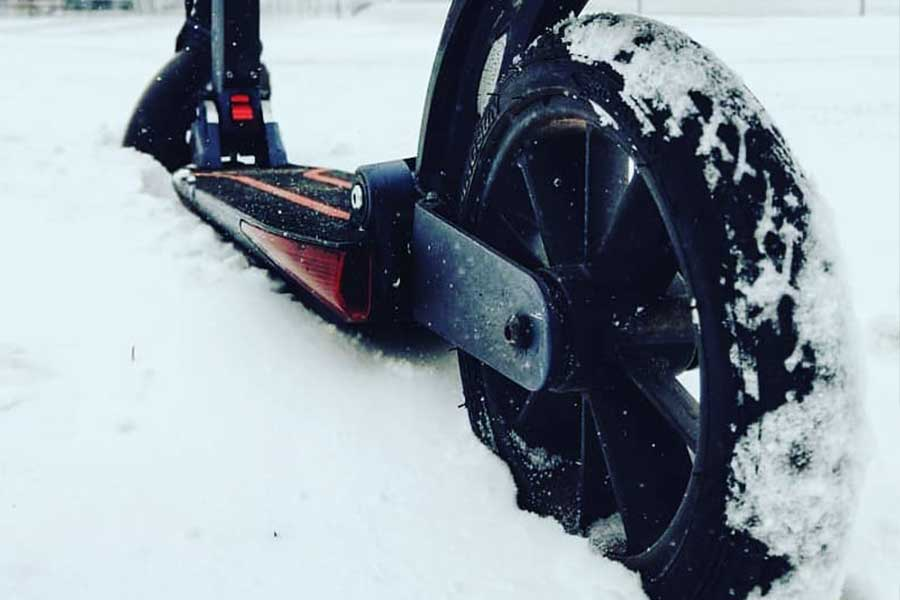 Storing or using electric scooters during winter  | Personal