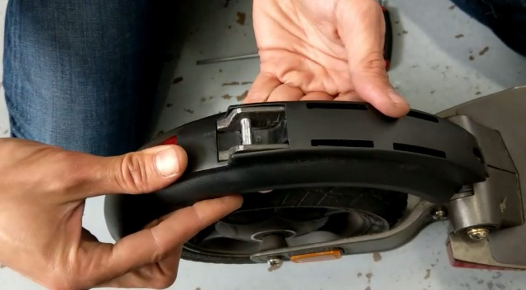 3 Steps to Fixing Your Loose Rear Fender / Mudguard Alignment on E-Twow Electric Scooter