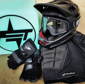 PET Protective Gear Kali Helmet, Hillbilly Gloves and Butt Pads