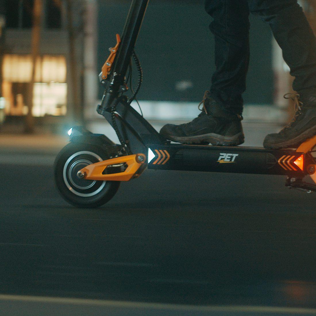 Vsett 10+ Electric Scooter