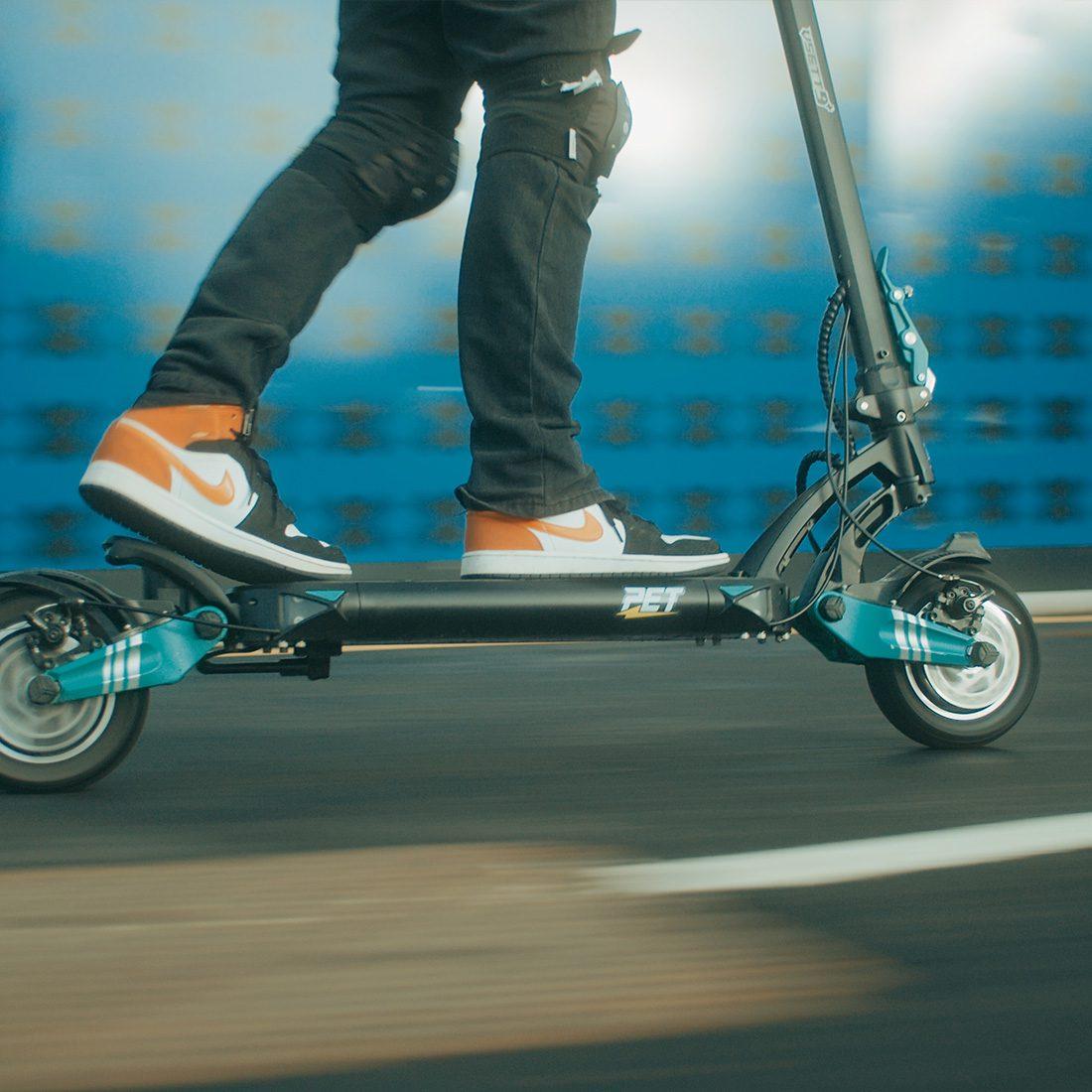 Vsett 9+ electric scooter